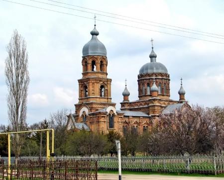 Храм святителя Николая Чудотворца в с. Отказном