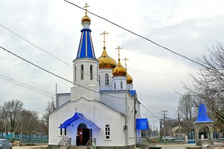 Храм Казанской иконы Божией Матери в с. Левокумском