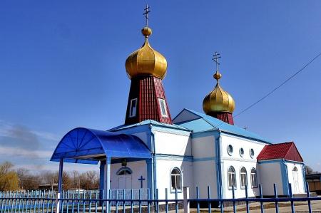 Храм Казанской иконы Божией Матери в с. Серноводском