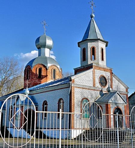 Храм святого великомученика Георгия Победоносца в с. Ростовановском