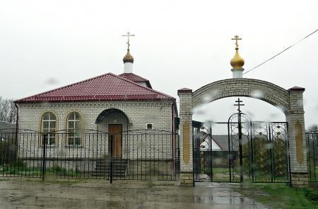 Храм св. равноап. великого князя Владимира (на территории Космо-Дамиановского храма в г. Благодарном)