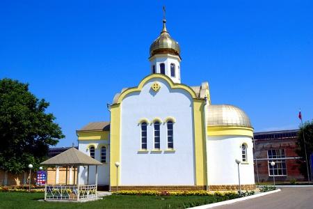 Храм святителя Николая Чудотворца в г. Зеленокумске