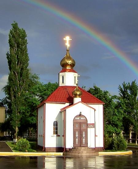 Храм святого благоверного великого князя Александра Невского в г. Зеленокумске (на территории в/ч. 6814)