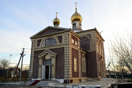 Храм Святой Троицы в с. Бургун-Маджары